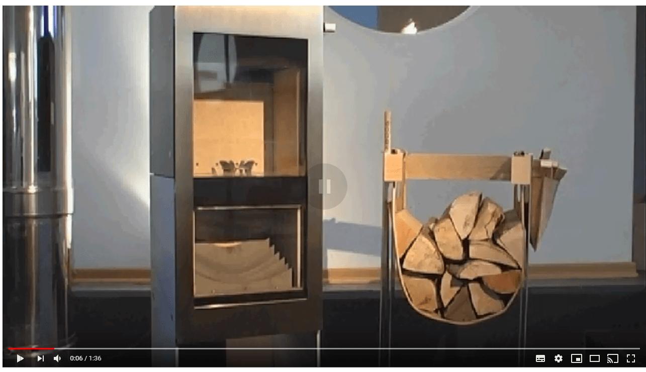 Jak rozpalać piec kominkowy na drewno Xeoos